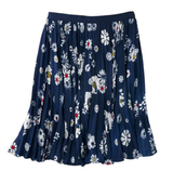 Get Eva's Sexy '50s Look: Retro Floral Skirt