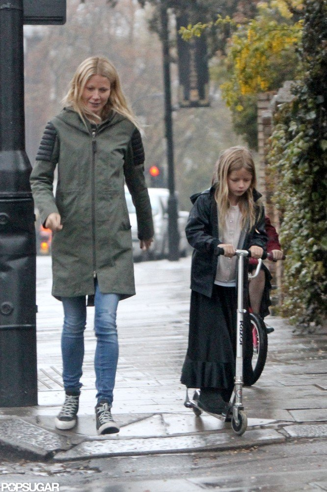Gwyneth Paltrow in London with her kids.