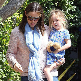 Jennifer Garner, Ben Affleck, and Daughters Pictures in LA