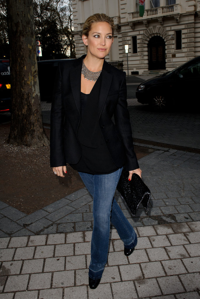 Dress up your flared jeans à la Kate Hudson with statement accessories and a sleek black blazer.
