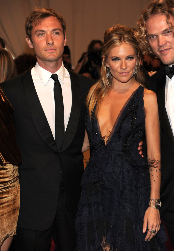 Jude Law and Sienna Miller in 2010