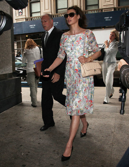 On the final day, Linda strutted in a floral Erdem dress — available to buy now! — black pointy patent pumps, oversize round shades, a gold watch, and her Chanel bag. This less-expensive floral frock is office-appropriate, too.  6848930