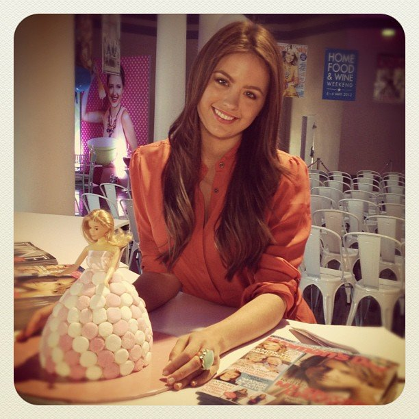 Jesinta Campbell is considering this Barbie cake for her 21st. Source: Instagram User spurway