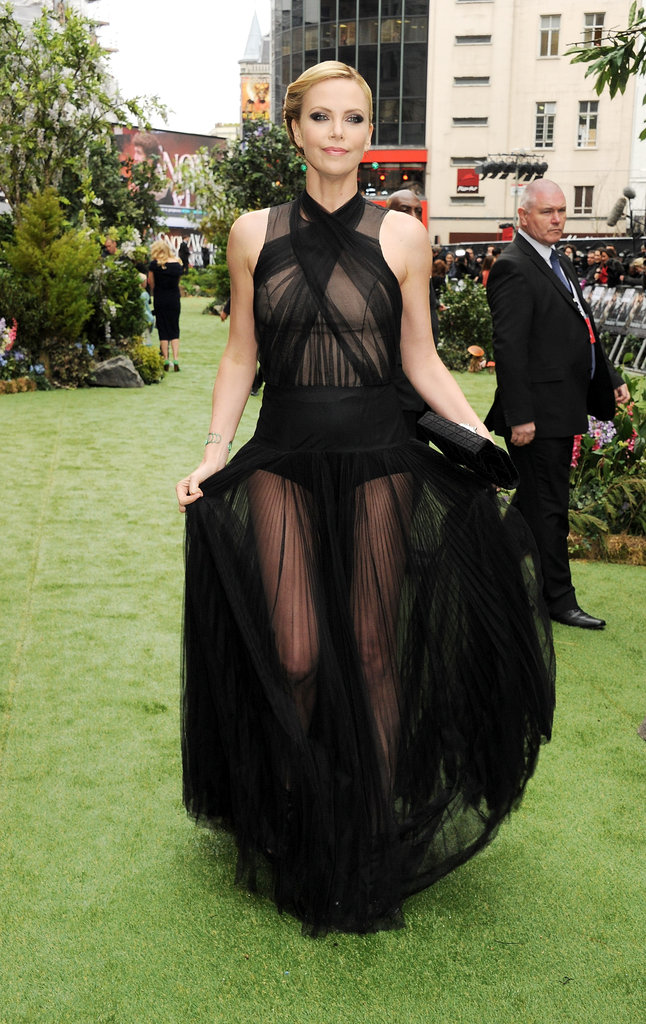 Charlize made a seriously sexy entrance in her Christian Dior gown.