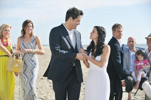 Busy Philipps, Christa Miller, Brian Van Holt, Courteney Cox and Josh Hopkins on Cougar Town. Photo copyright 2012 ABC, Inc.