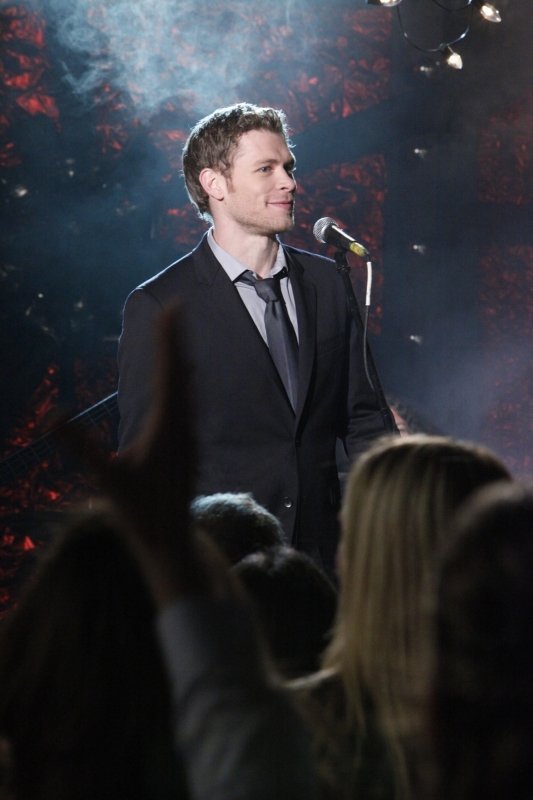 Klaus's Homecoming Party