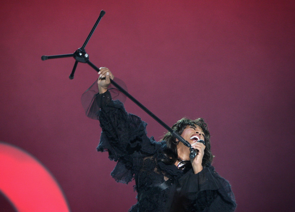 Donna Summer performs at the Nobel Peace Prize Concert at Oslo Spektrum on December 11, 2009 in Oslo, Norway.