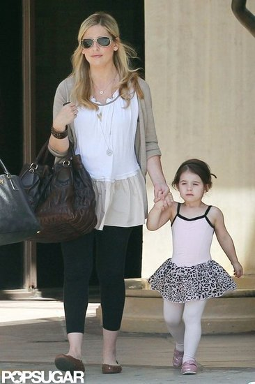 Sarah Michelle Gellar and Charlotte Prinze held hands.