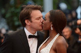 French actor Samuel Le Bihan kissed his wife Daniela.