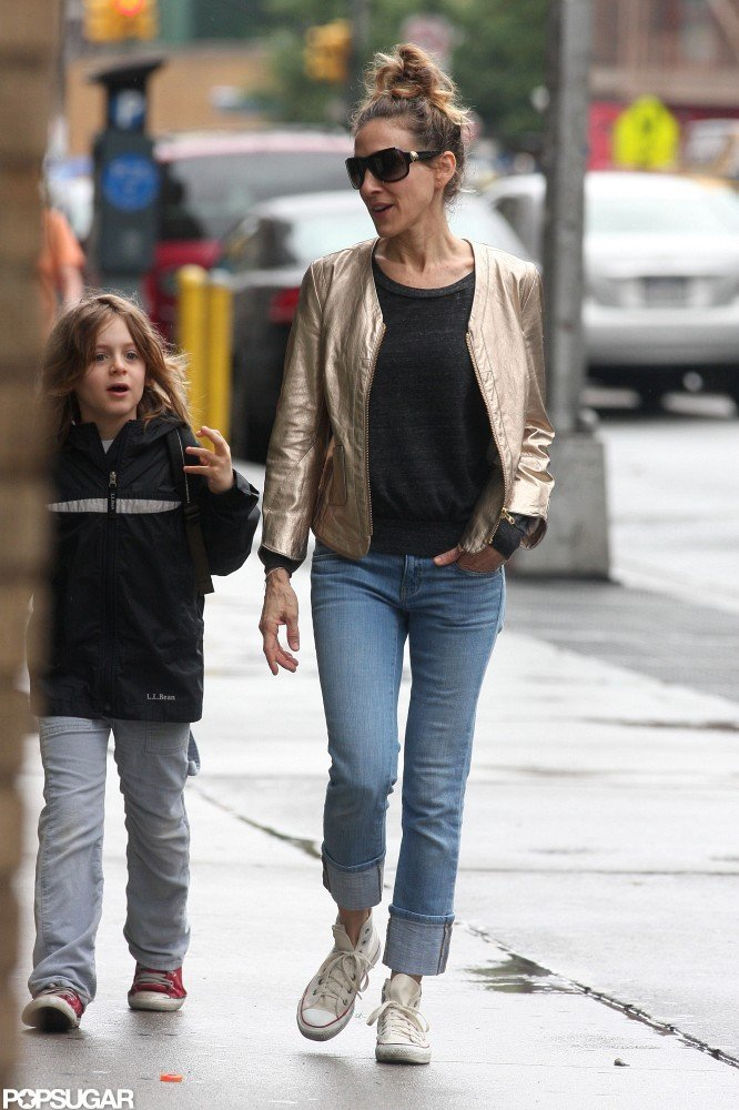 Sarah Jessica Parker wore a gold jacket while James Wilkie Broderick kept warm in a zip-up hooded sweatshirt.