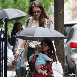 Katie Holmes and Suri Cruise in Rainy NYC Pictures