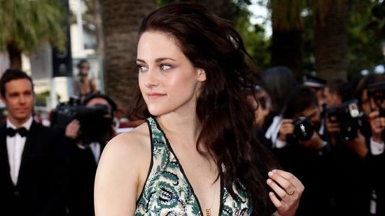 Video: Watch Kristen Stewart Speak French at On the Road's Cannes Premiere!
