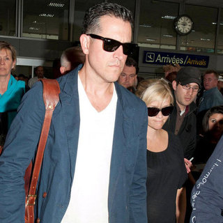 Reese Witherspoon at Cannes Airport With Jim Toth Pictures