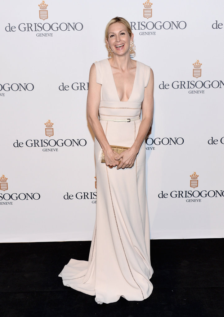 Kelly Rutherford looked ultrasleek in her creamy confection.