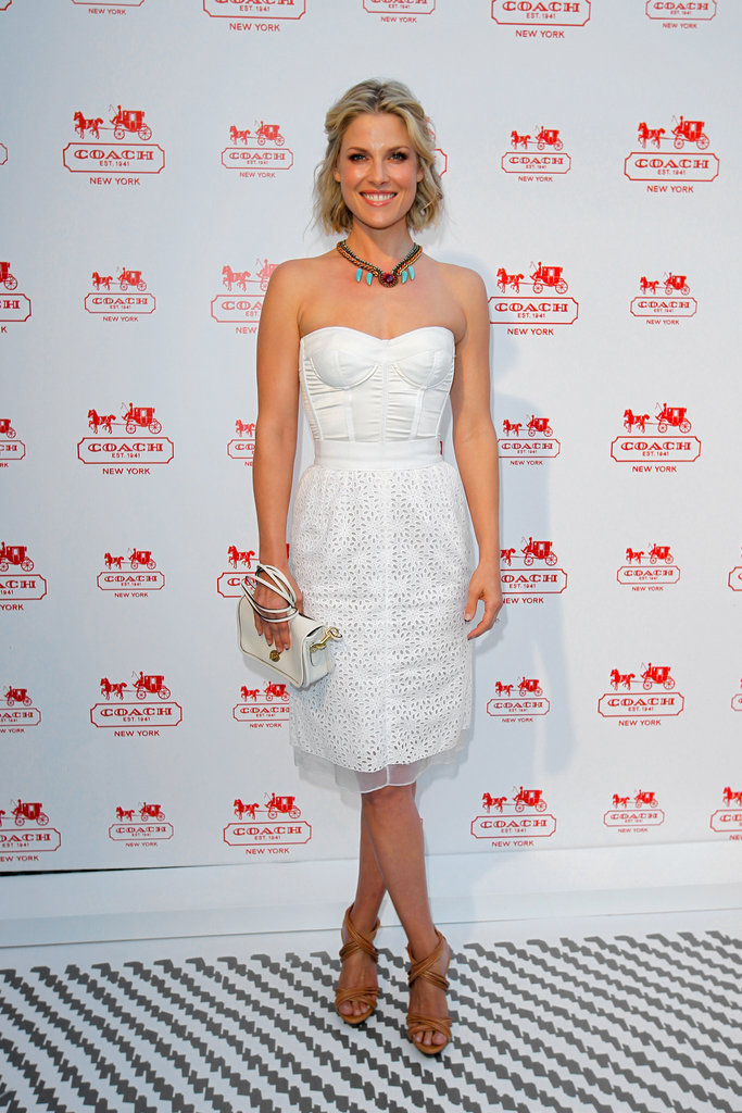 We could see Ali Larter's perfect-fit strapless dress at our next Summer BBQ — pretty, without being over the top.