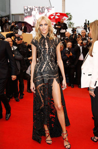 She may be one of the leading pioneers of the thigh-slit movement — Anja Rubik struck a pose in this cap-sleeved laser-cut gown and snake-infused sandals at the closing ceremony.