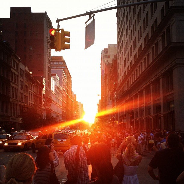 An evening Manhattanhenge stroll.