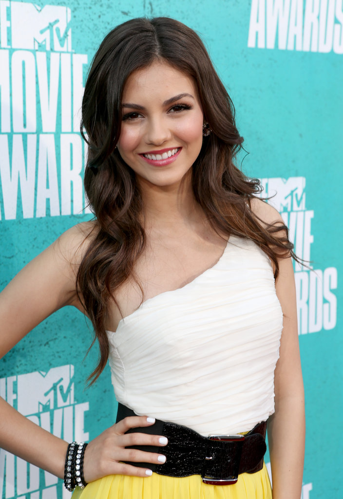 Victoria Justice looked gorgeous in a belted white and yellow dress.