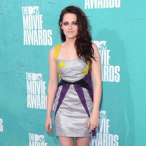 Kristen Stewart Pictures at MTV Movie Awards 2012