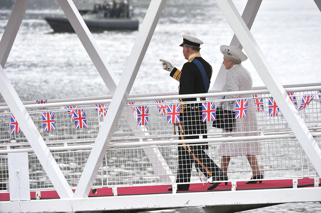 The queen and Prince Charles walked down Chelsea Pier to the Thames Diamond Jubilee Pageant.
