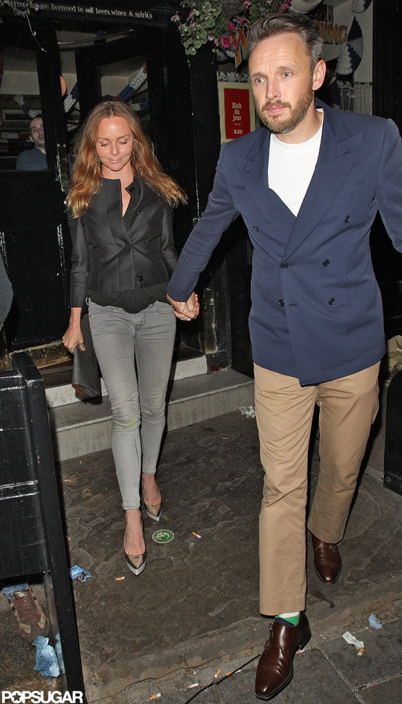 Stella McCartney had dinner with David Beckham at a pub in London.
