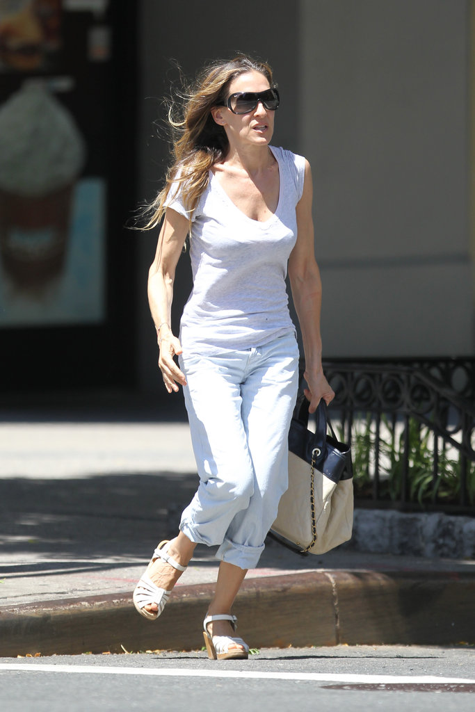 Sarah Jessica Parker kept busy as she ran errands in NYC.