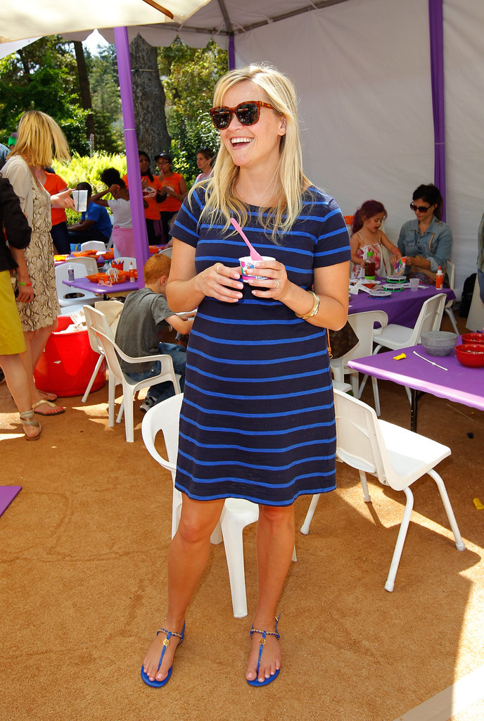 Reese Witherspoon Cools Off With a Sweet Treat at Kidstock