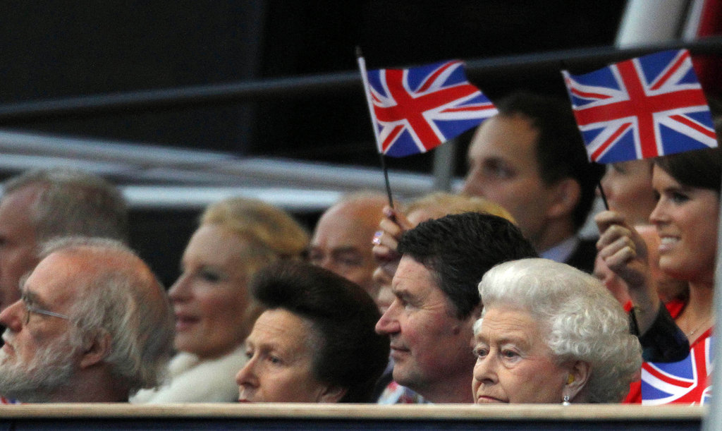 The queen wore earplugs at the Diamond Jubilee Concert at Buckingham Palace.