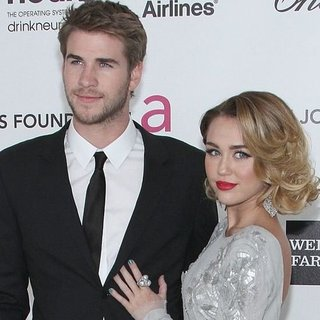 Miley Cyrus and Liam Hemsworth Engaged (Video)