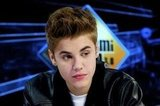 Justin Bieber looked handsome in a leather jacket on El Hormiguero.
