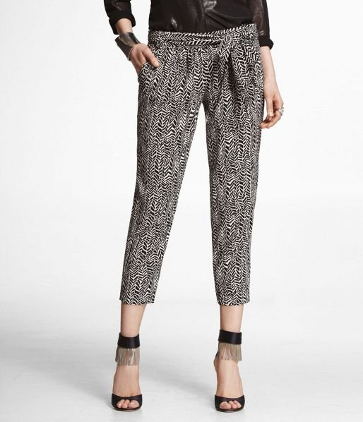 In case you didn't know it already, we kinda love a great pair of Summer pants. Style this chic printed iteration with ankle-strap sandals and a semisheer black tank. Express Printed Soft Cropped Belted Pant ($80)