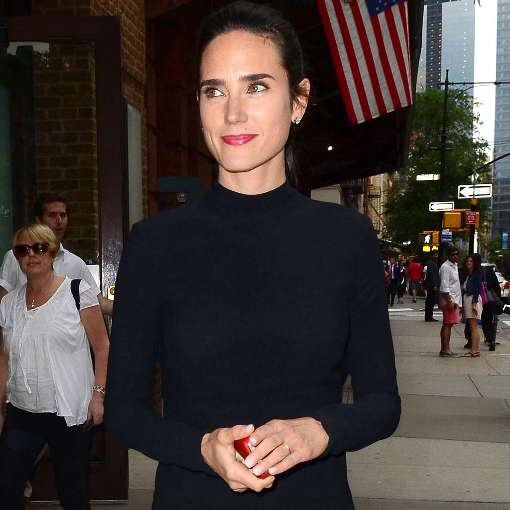 Jennifer Connelly smiled.