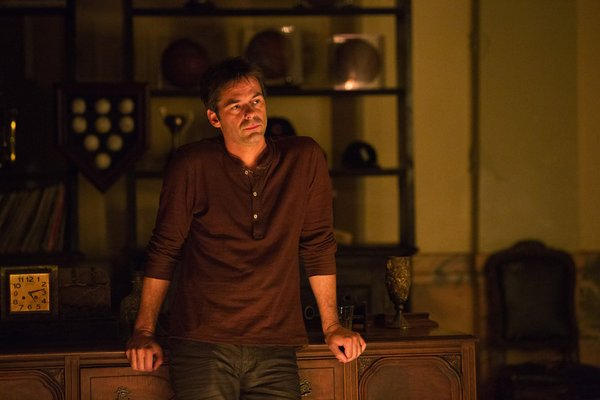 Billy Burke as Miles on Revolution. Photo courtesy of NBC