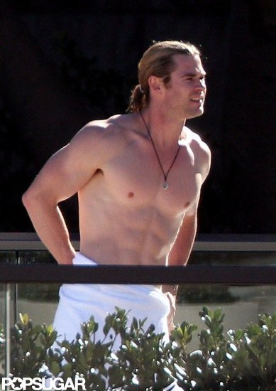 Chris Hemsworth Shows Serious Muscle Shirtless in Sydney