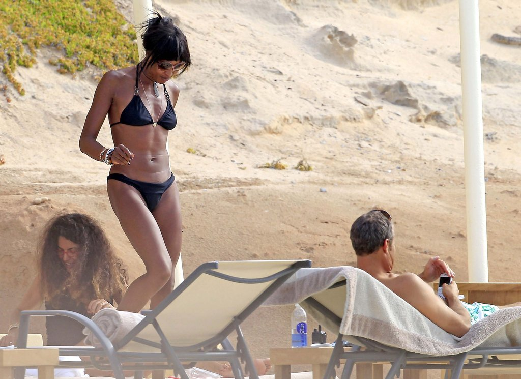 Naomi Campbell showed off her abs in a bikini in Ibiza.