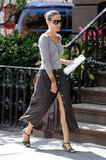 Sarah Jessica Parker's look felt effortless (and timeless!) thanks to a simple tee and a classic skirt that showed just enough leg.