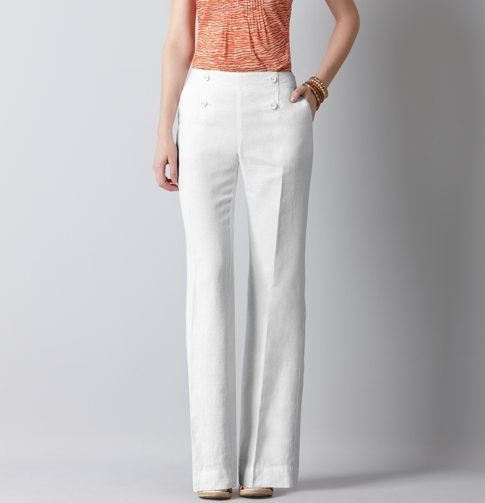 This Summer, it's all about a relaxed pant silhouette. We've seen Beyoncé, Eva Mendes, and Kate Beckinsale pull the look off flawlessly, and you can too. Just add a pair of wedges to give your leg extra length and style with a pop of color on top. LOFT Marisa Sailor Front Linen Trousers ($39, originally $70)