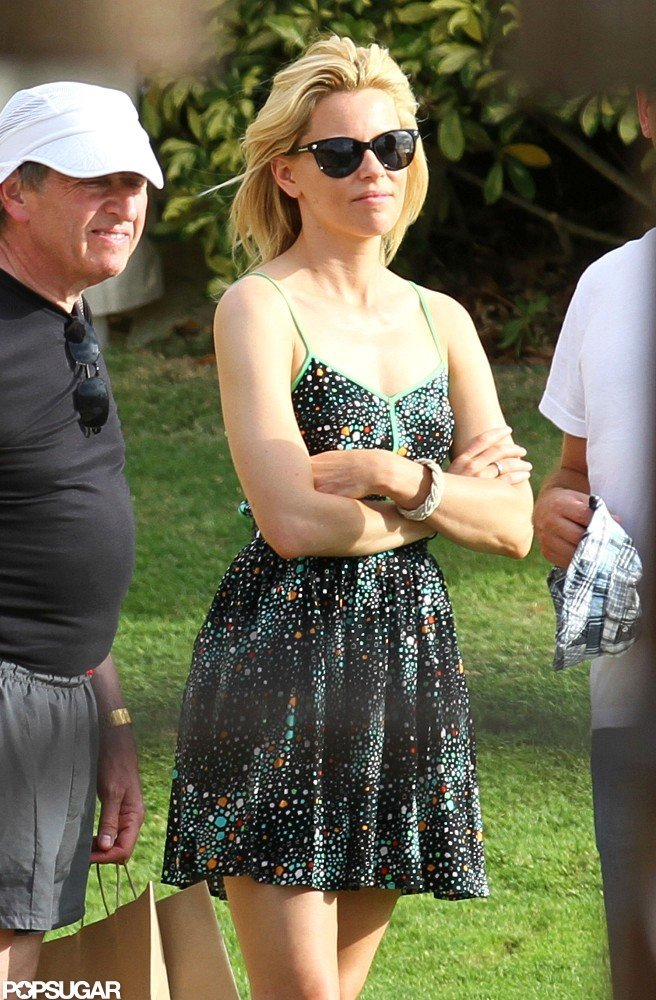 Elizabeth Banks was in Hawaii.