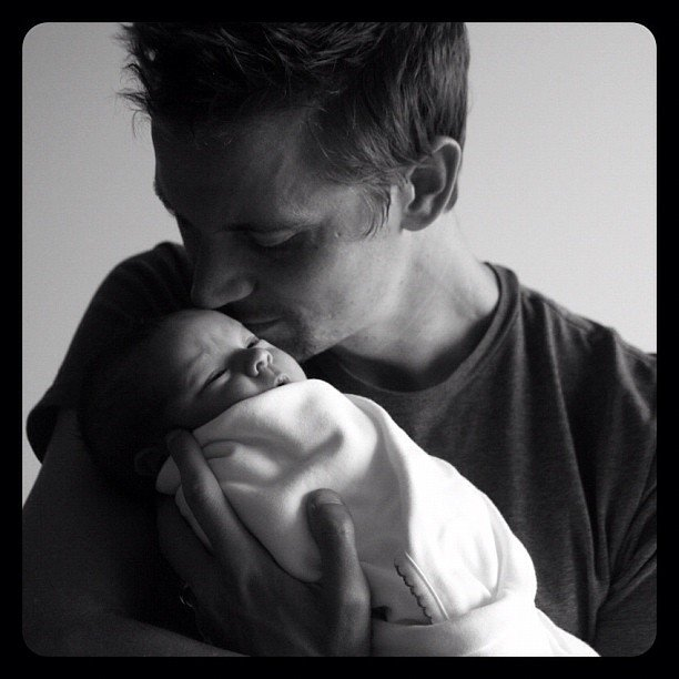 Autumn Reeser uploaded a sweet photo of her husband, Jesse Warren, and their son, Finn.  Source: Instagram User autumn_reeser