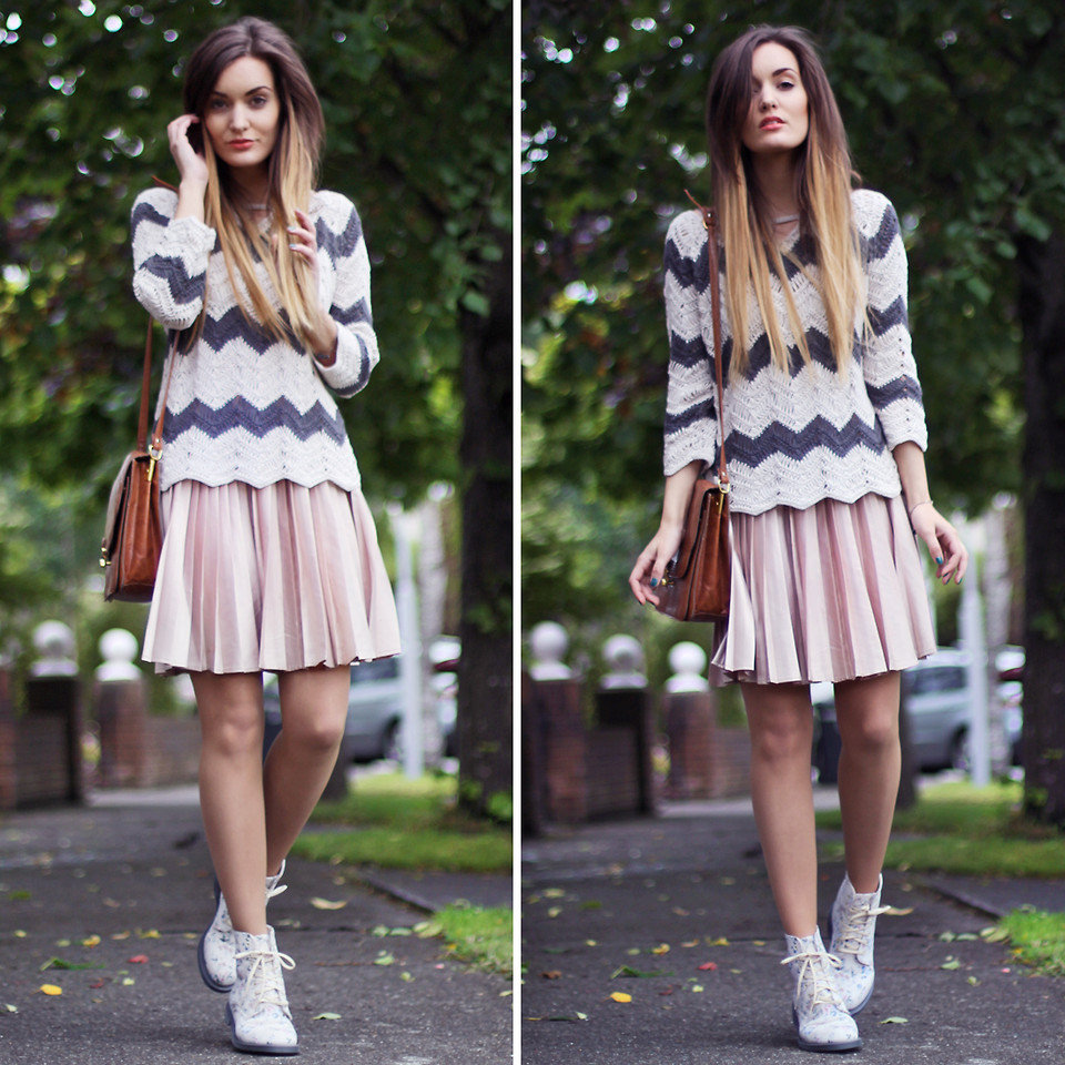 Mix and match lightweight knits with fresh pleated pieces on top.  Photo courtesy of Lookbook.nu