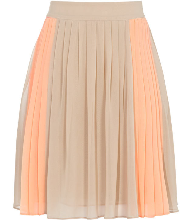 Adopt the pleated-skirt styles on the court with a summery-femme skirt you can wear anywhere.  Reiss Devon Fully Pleated Skirt ($210)