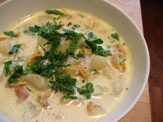 Massachusetts: New England Clam Chowder