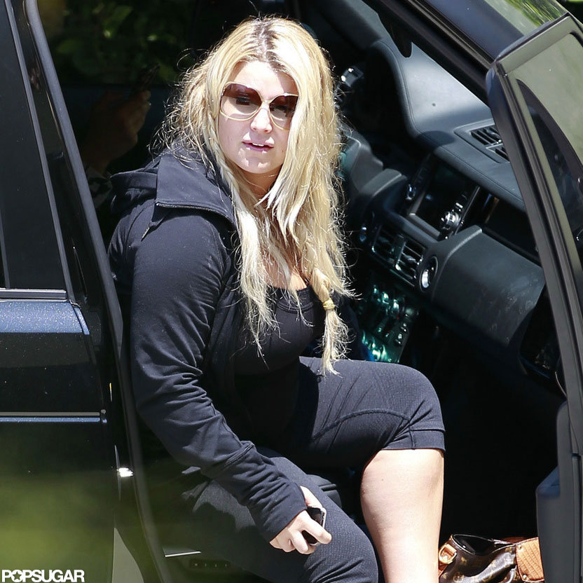 Jessica Simpson wore all black to the gym.