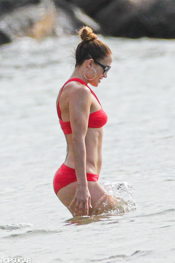 Jennifer Lopez went swimming.