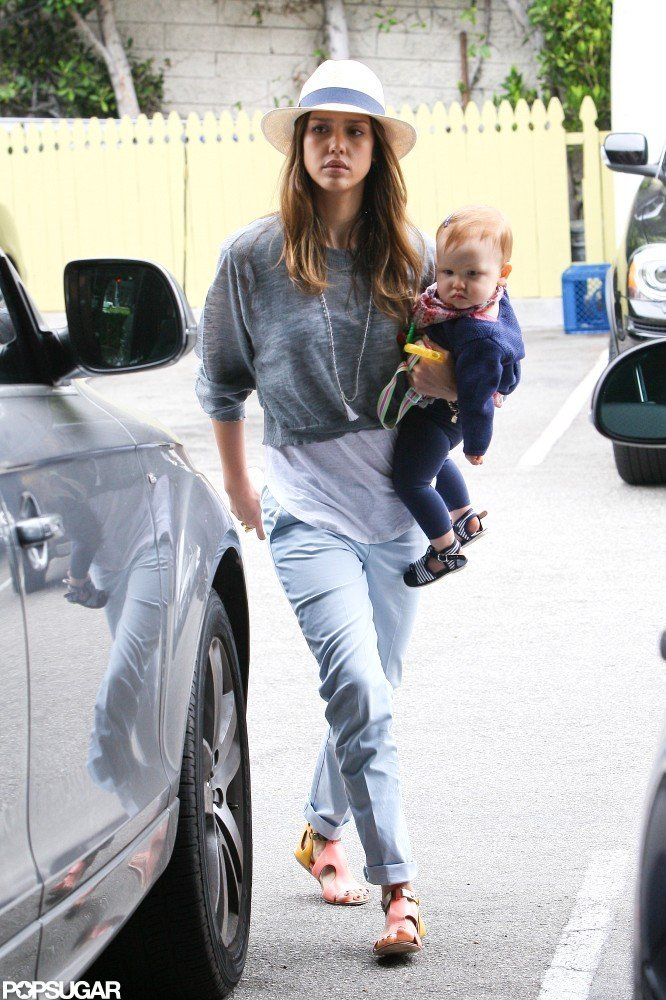 Jessica Alba gave Haven Warren a lift.