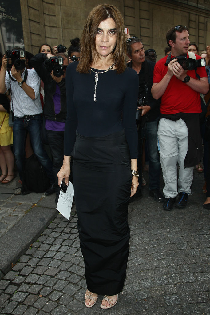 Carine Roitfeld made a sleek arrival at Valentino in all black.
