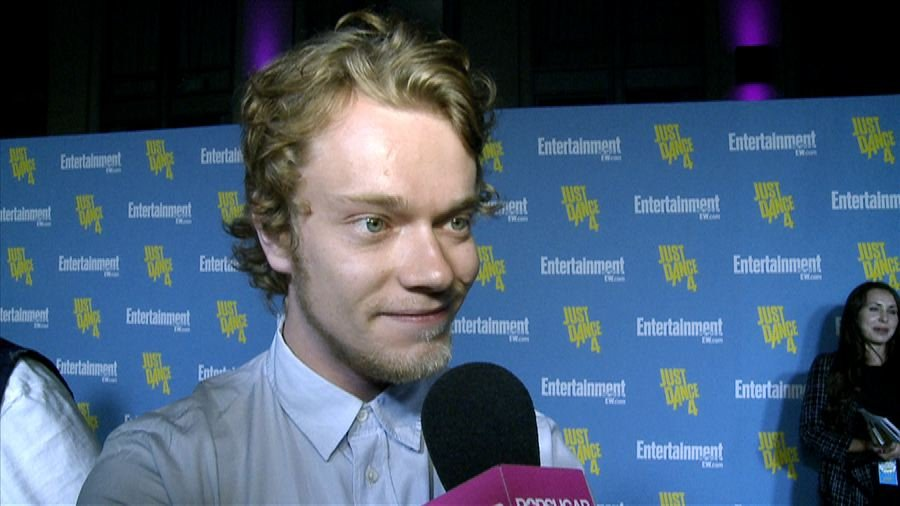 Game of Thrones Star Alfie Allen Talks About Sword Fighting and Theon's Future