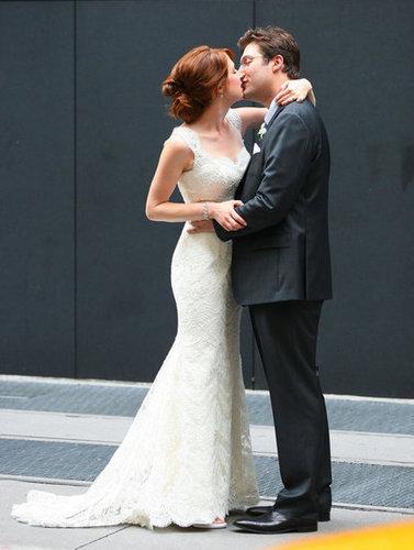 Ellie Kemper got married to Michael Koman in NYC in July 2012.