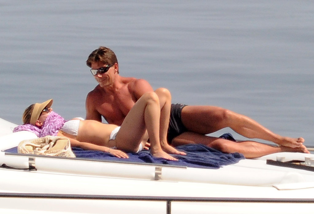Scarlett Johansson spent time laying out together.