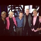 Ryan Seacrest posed with the members of No Doubt. Source: Instagram user ryanseacrest